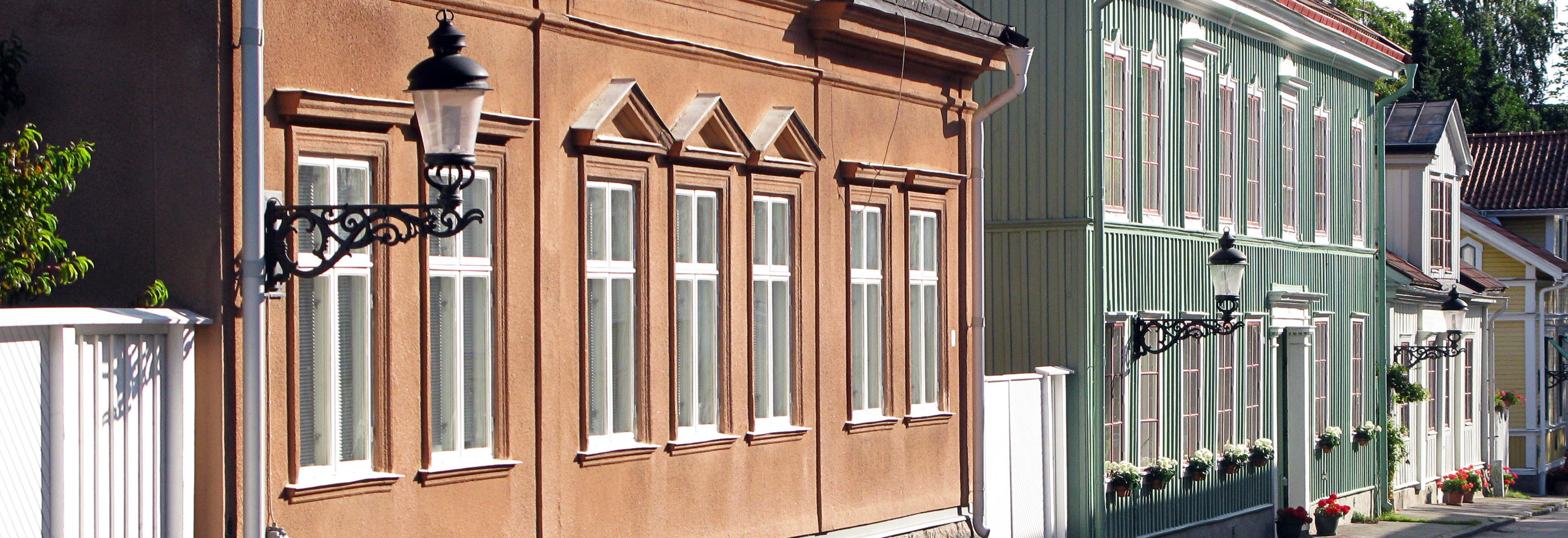 Kungslyktan med väggfäste, Nyköping